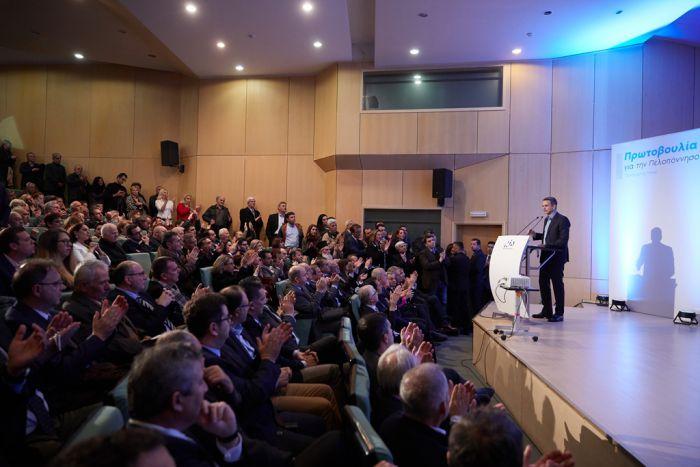 Ομιλία Μητσοτάκη στην Τρίπολη | Ανοιχτή στήριξη σε Νίκα, καμία αρνητική αναφορά σε Π. Τατούλη (vd)